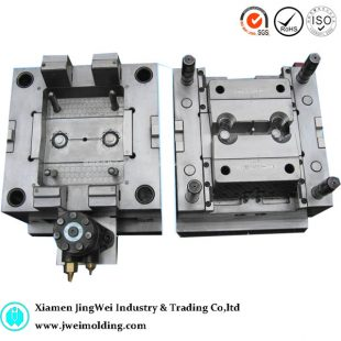 Low cost injection molding plastic molding company from Xiamen